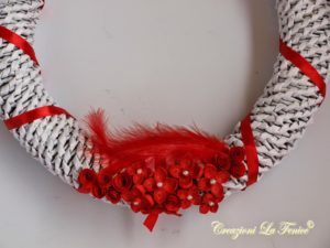 Ghirlanda di cannucce con decorazione a quilling